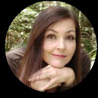 Award-Winning Author Lisa Grace